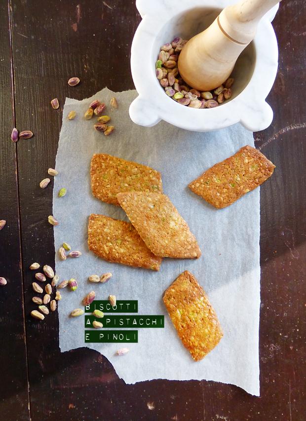 Biscotti ai pistacchi e pinoli